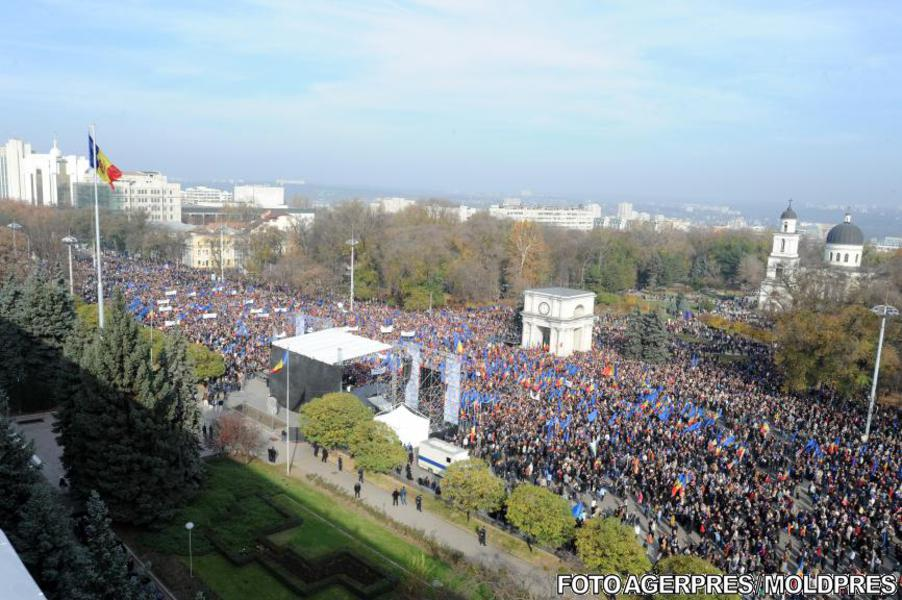 Miting pro-european la Chișinău, 3 noiembrie 2013