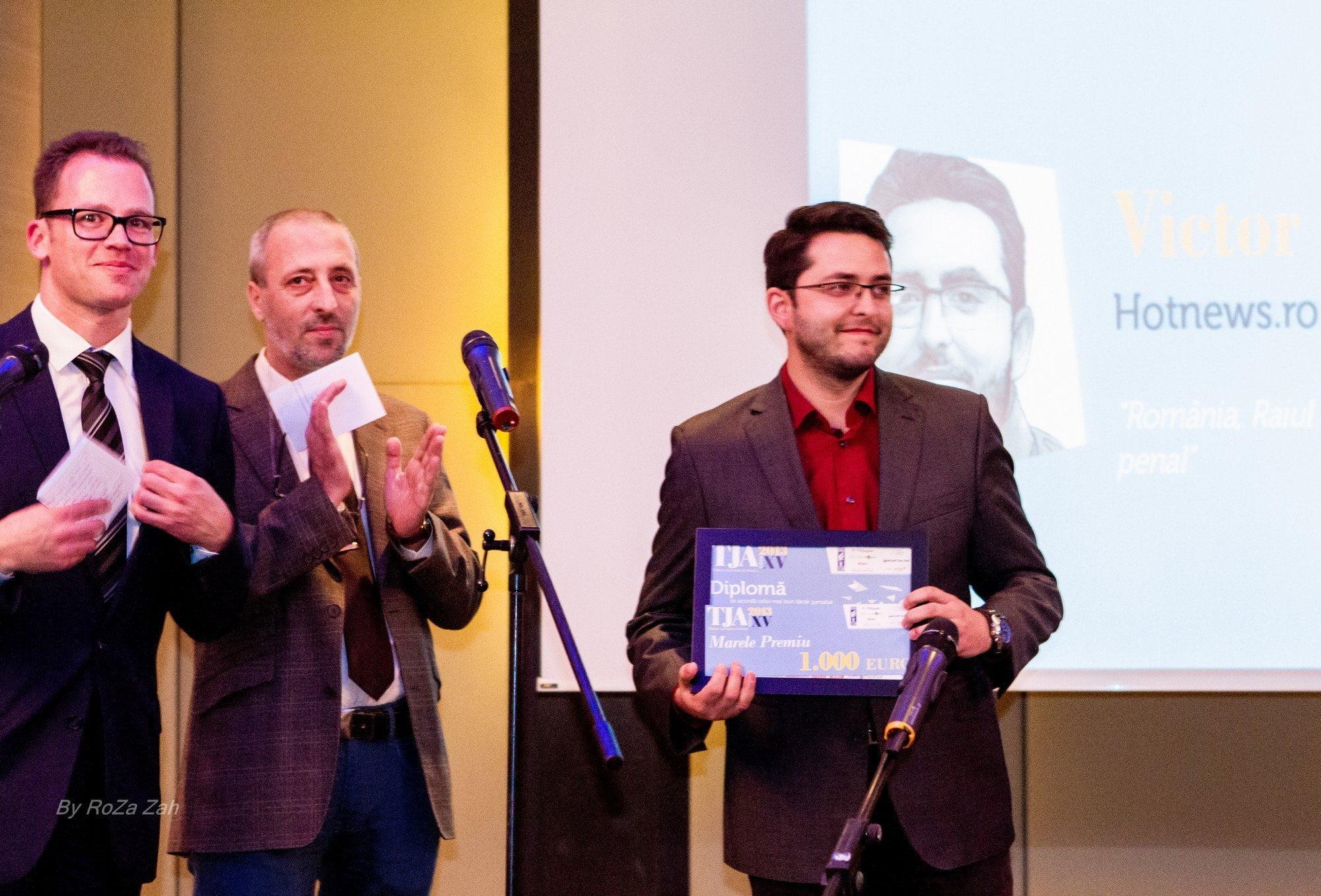 Christian Spahr, Liviu Avram și Victor Cozmei - câștigătorul Marelui Premiu al secțiunii Justiție și Stat de drept