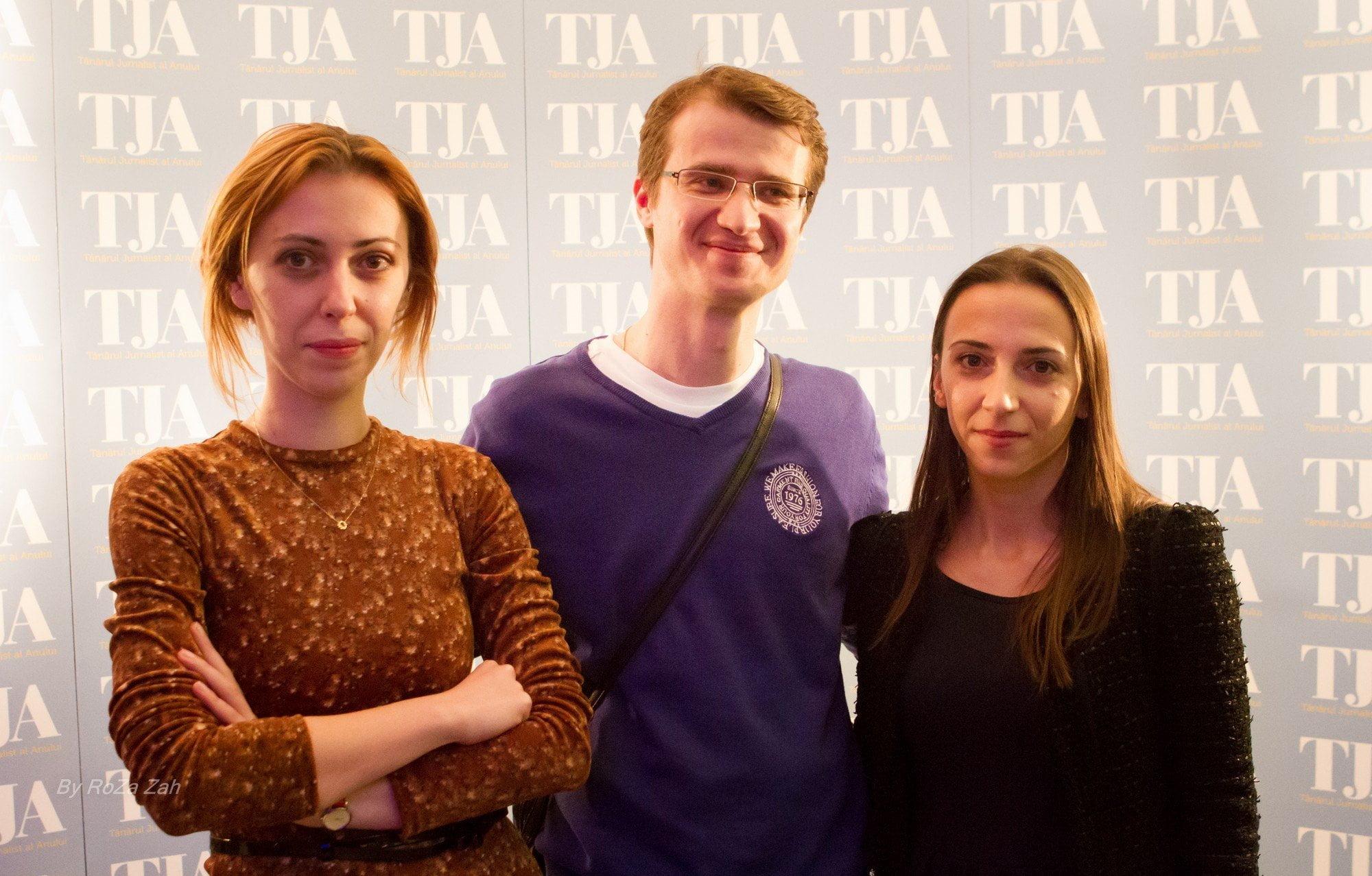 Roxana Pricop (Ziarul Financiar), Claudiu Zamfir (HotNews.ro) și Elena Constantinescu (UniCredit Țiriac Bank)