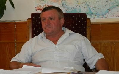 Un primar din Tulcea, acuzat că a fraudat banii UE din agricultură folosindu-se de pământurile sătenilor și de puterea semnăturii în documentele oficiale