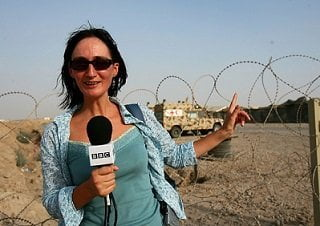 """Liliana Nicolae (Radio România Actualităţi) este unul di ntre cei mai buni autori de reportaj din România. A lucrat timp de 10 ani pentru secţia română a BBC World Service. A câştigat în 2003 """"Premiul pentru cel mai bun reportaj radio"""" al Clubului Român de Presă, premiul """"Reporter European"""" în 2008, premiul pentru cel mai bun reportaj din partea agenţiei RADOR în 2009, premiul """"Jurnalistul - actor social"""" în 2010."""