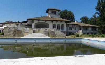 CONSTANȚA. Palatul Reginei Maria a fost vândut la preț de apartament de lux
